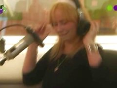 radio-show public anne