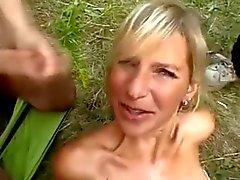al aire libre amateur bukkake orgia