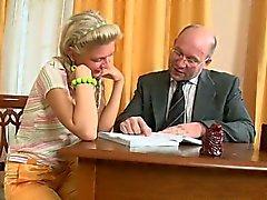 dilettante biondo di et russo adolescente