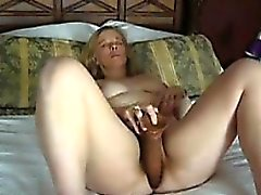 amateur blondine masturbation