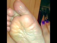 şişman güzel kadinlar - ayaklar ıslak fit ayaklı duş