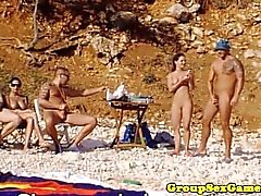 elegantraw beach group games