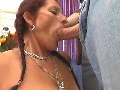 big boobs brünett abspritzen