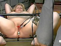 bdsm matures blondes tits