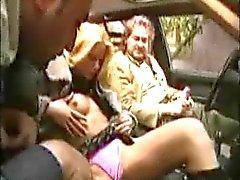 sexo em grupo italiano nudez em público