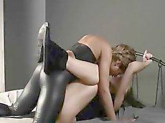 fetisch meisje lesbisch nylon geheim
