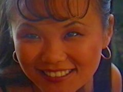mariah milano mia lächeln esel -fick mädchen on-girl im asiatischen anal - dildo