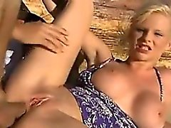 anal strand blondine