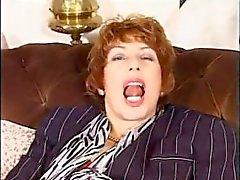 masturbate mom mother old public-masturbation