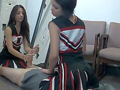 pom-pom girls éjaculations face sitting femdom étudiante