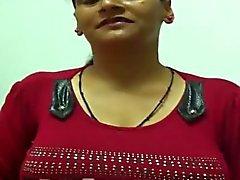 grote borsten hoorndrager handjobs indisch tepels