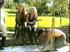 femdom fetiche por pés látex
