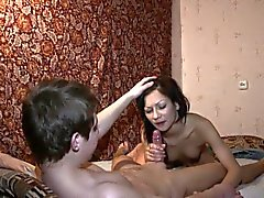 amateur pipe brunette doggystyle