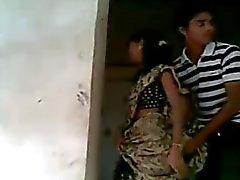 indiano nudez em público adolescentes