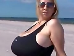 huge-tits big-tits public big-ass sexy