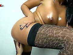 babe big ass big tits brunette extreme