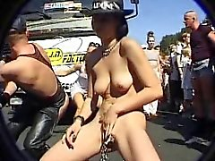 vilkkuu saksa julkinen alastomuus upskirts tirkistelijä