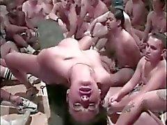 boquetes cumshots gangbang sexo em grupo