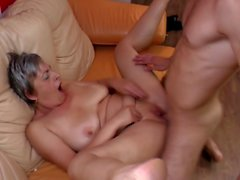 amateur grannies matures milfs