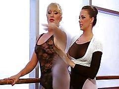 lesbisk onani oralsex blondin