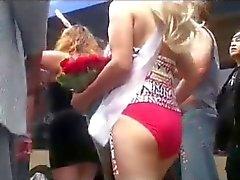 amateur public nudity flashing