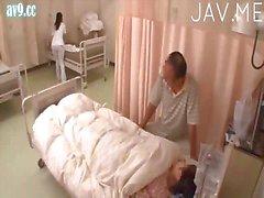 aasialainen runkkaus lääkäri