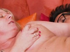 bbw blondine blowjob doggystyle handjob