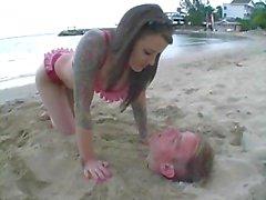 ranta femdom julkinen alastomuus