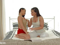 babes girl on girl öpme lezbiyen