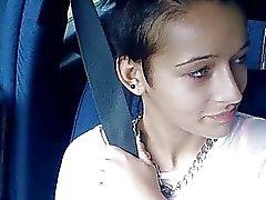 amateur voiture filles nues