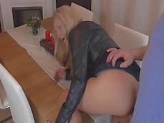 blondes cumshots german handjobs