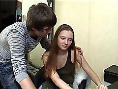 dilettante brunetta russo adolescente
