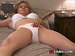 amateur masturbation mature panties
