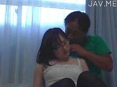 asiatico adolescente brunetta