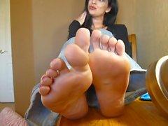 foot fetish bare feet feet foot mature feet