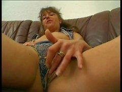 amateur alemán duro squirting upskirts