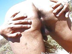 shemale masturbation brunette
