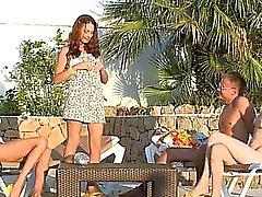 boquete primeira vez sexo em grupo ao ar livre