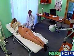lesbian oral sex licking vagina