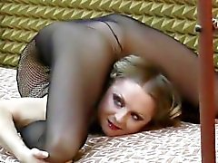contortion contortionist flexible blonde