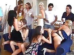 çılgın partiler grup fuck partileri grup seks groupsex alem