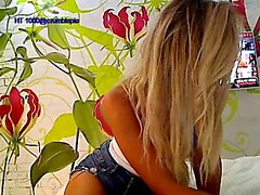 amateur blondine solo teenager