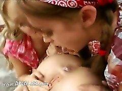 anal arsch baby lesbisch