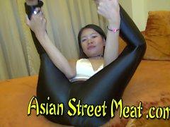 asiatisch teenageralter thailändisch 18 jahre alt