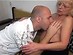 blondine blowjob oma handjob masturbation