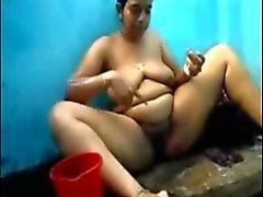 amateur nudité en public douches