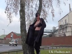 outdoor amateur wife chubby flashing