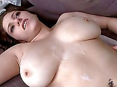 Chubby Amateur Babe Fucked with Cumshot