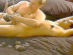 садо-мазо большие члены геи мастурбирует