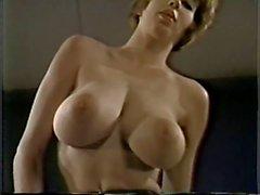 big boobs milfs rothaarige